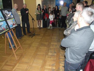 Wernisaż wystawy rysunków J. Kożusznika